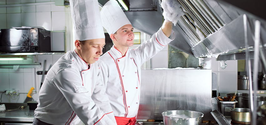 7 tips and tricks to clean commercial kitchen equipment