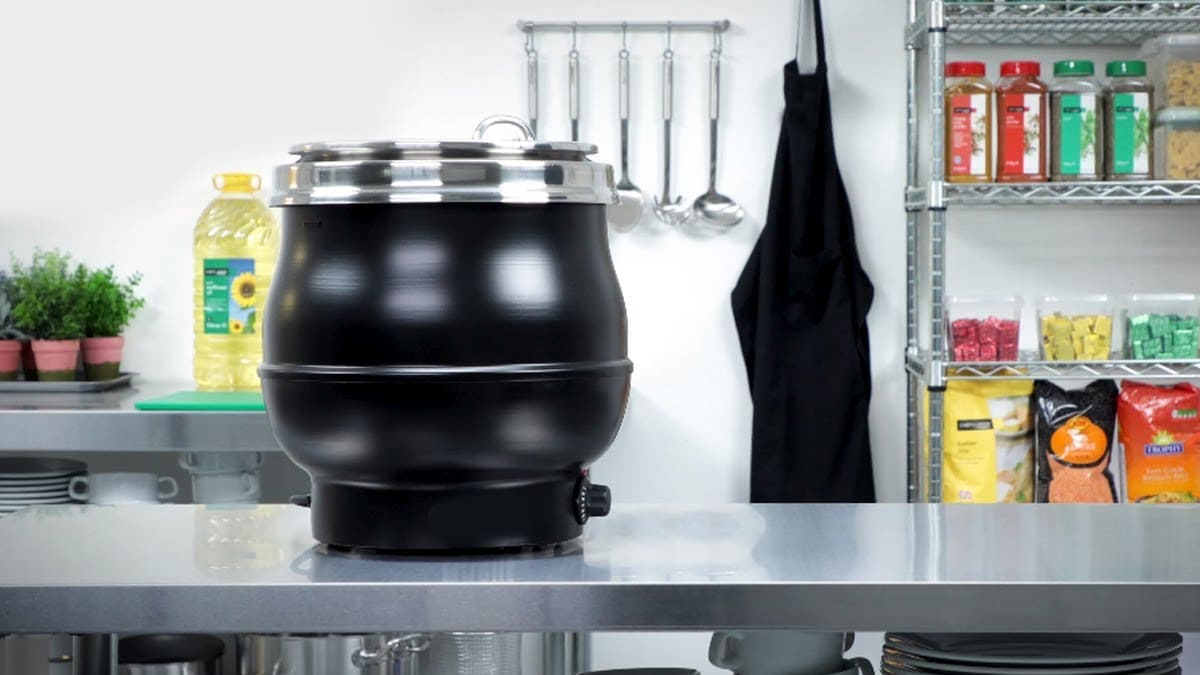Commercial Soup Kettles – Usage, Cleaning & Factors to Consider While Buying