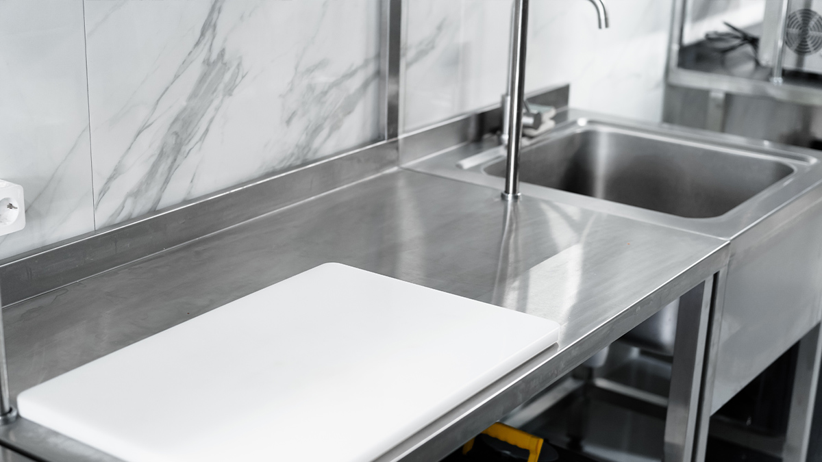 Why Should you Invest in Stainless Steel Sinks – Features, Types & Gauge Variants