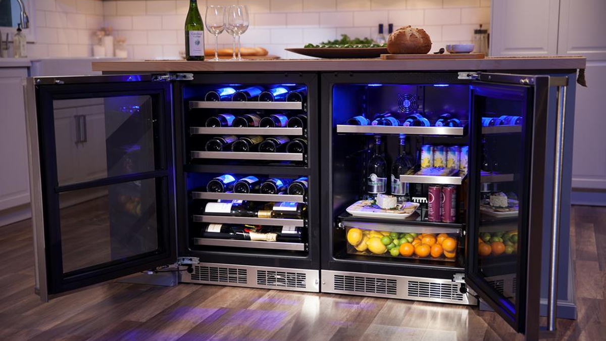 Under Bench Fridges/Freezers- Give your restaurant a stylish look